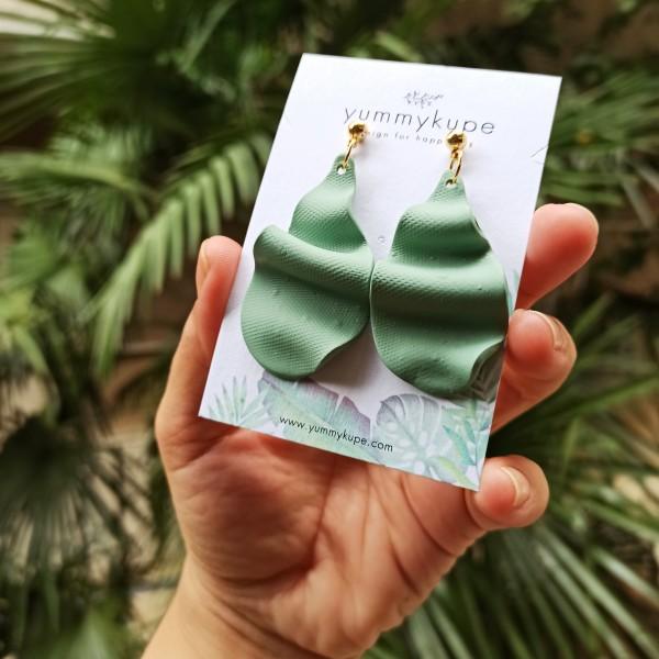 Wave - Dalgalı Yaprak Sallantılı Tasarım Küpe