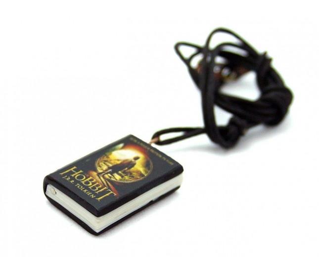 Hobbit Kitap Kolye